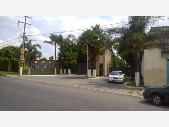 Casa en Venta en SANTA MARIA ZACATEPEC