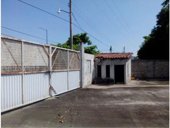 Bodega en Venta en Barrio Cantarrana