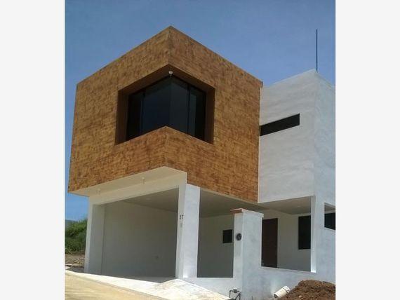 Casa en Venta en FRACC LA LLAVE RESIDENCIAL