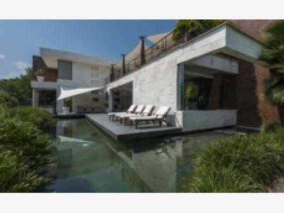 Casa en Venta en Condominio Residencial Sumiya