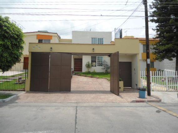Casa en Venta en Fracc Chapalita de Occidente
