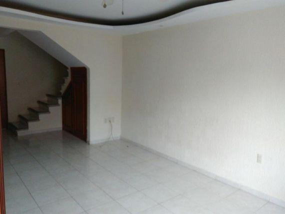 "Casa en Renta en <span itemprop=""streetAddress"">Fracc Joyas De Mocambo</span>"