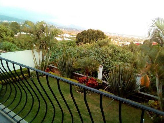 """Casa en Venta en  <span itemprop=""""addressLocality"""">Lomas de Ahuatlán</span>"""