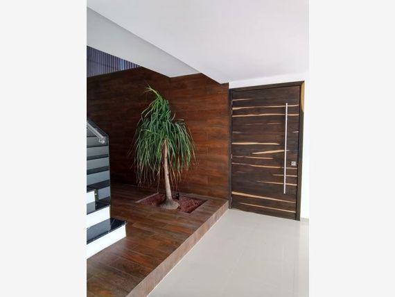 Casa en Renta en Costa de Oro 1ra Secc