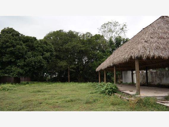 Finca/Rancho en Venta en Carr. Juan de Alfaro.