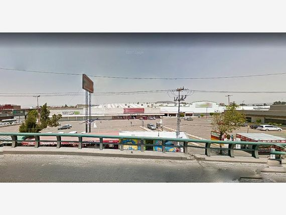 Terreno en Venta en Los Reyes Acaquilpan Centro
