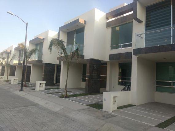 """Casa en Venta en <span itemprop=""""addressLocality"""">El Refugio</span>"""