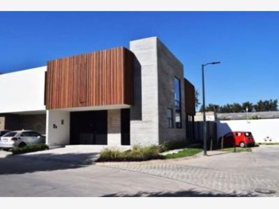 Casa en Venta en Fracc Valle Real