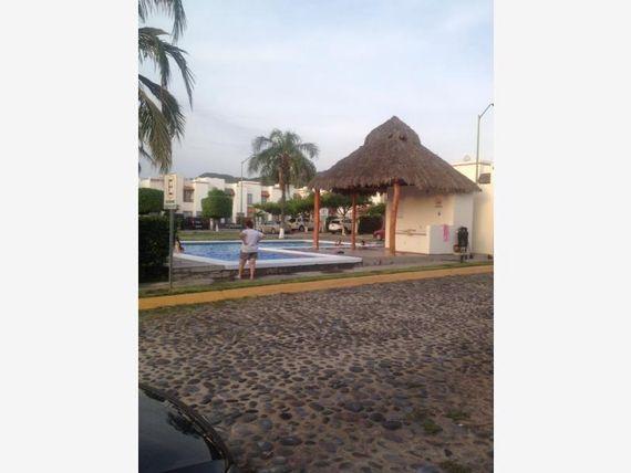 """Casa en Venta en <span itemprop=""""addressLocality"""">Valle de las Garzas</span>"""