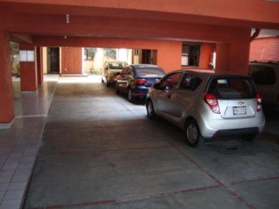 "Departamento en Venta en <span itemprop=""addressLocality"">Barrio San Lucas</span>"