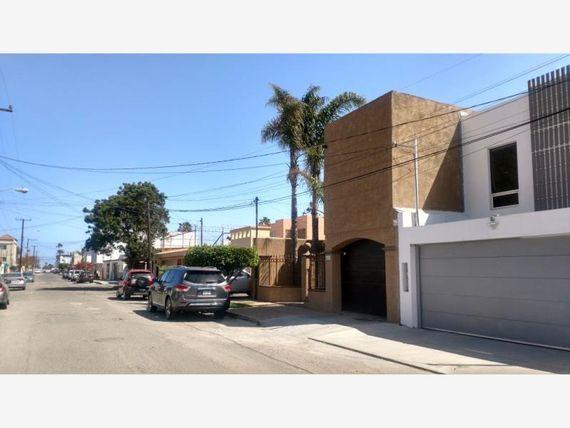 """Casa en Venta en Playas de <span itemprop=""""addressLocality"""">Tijuana</span> Secc Monumental"""