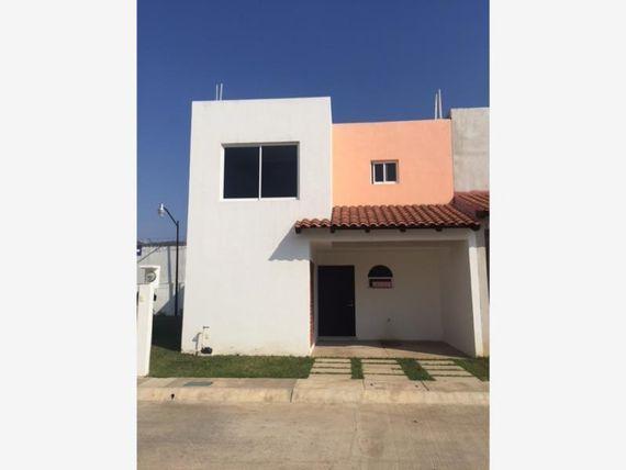 Casa en Venta en FRACC. PRIV. LA PAZ, PRIVADA DE 19 CASAS