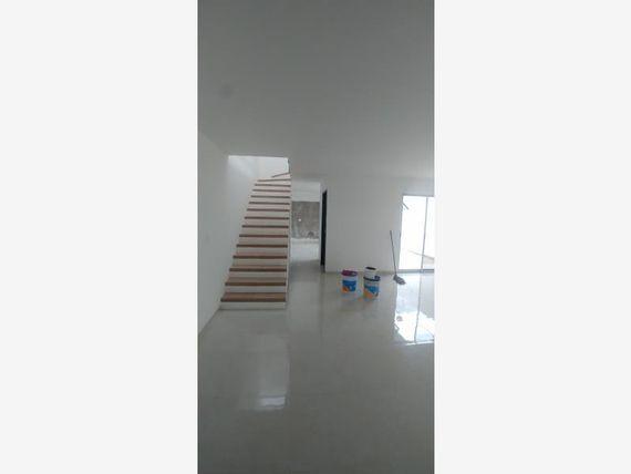 "Casa en Venta en FRACC. VILLAS DE BER<span itemprop=""streetAddress"">Na</span>LEJO"