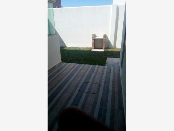 Casa en Venta en FRACC LOMAS DE LA RIOJA