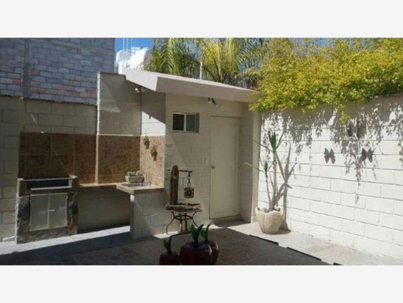 Casa en Venta en  Fracc. Palma Real