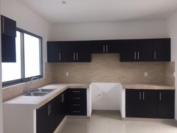 Casa en Venta en FRACCIONAMIENTO LOS SABINOS