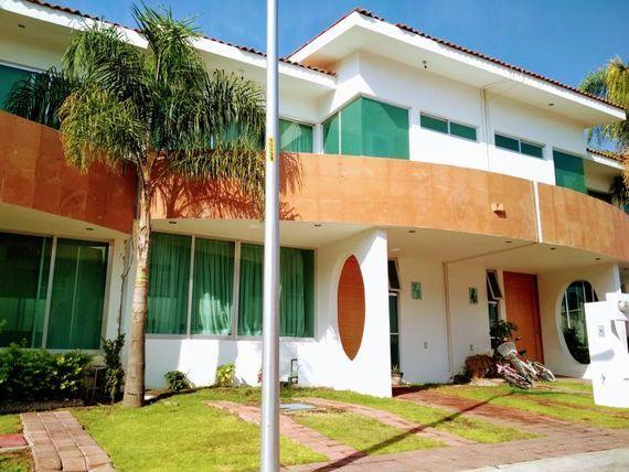 """Casa en Venta en <span itemprop=""""addressLocality"""">Los Olvera</span>"""