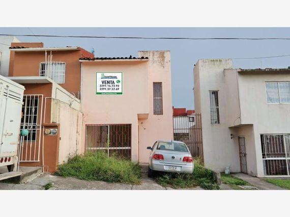 Casa en Venta en Fracc. Costa Dorada.