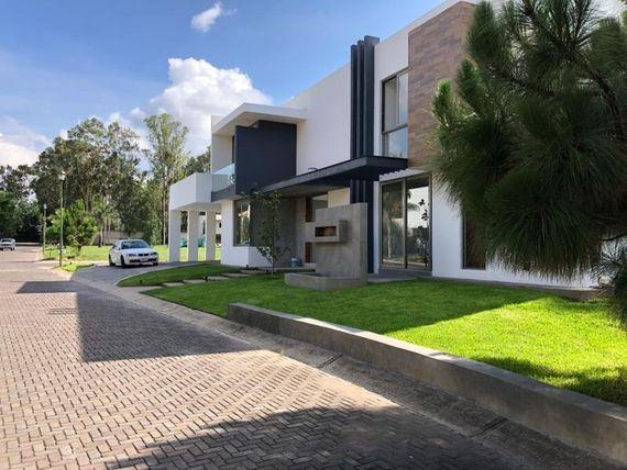 Casa en Venta en Hacienda Mirage