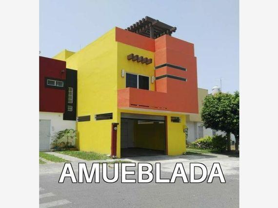 """Casa en Renta en <span itemprop=""""addressLocality"""">Nuevo Veracruz</span>"""