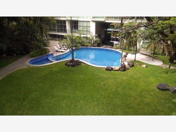 Departamento en Venta en COL. JACARANDAS