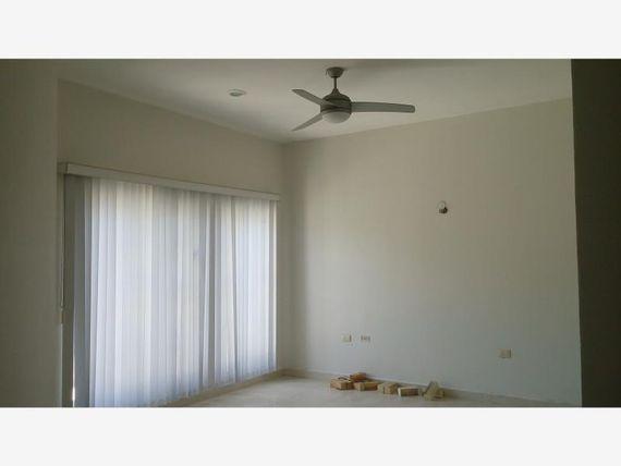 Casa en Renta en Atasta de Serra