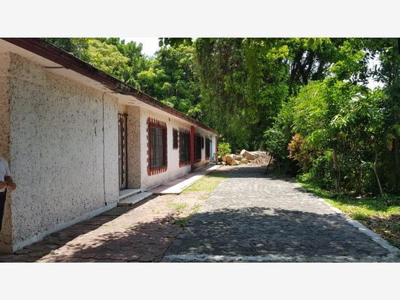 "Casa en Venta en CENTRO DE <span itemprop=""addressLocality"">Ayala</span>"