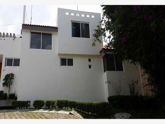 Casa en Venta en * PRADOS AGUA AZUL *