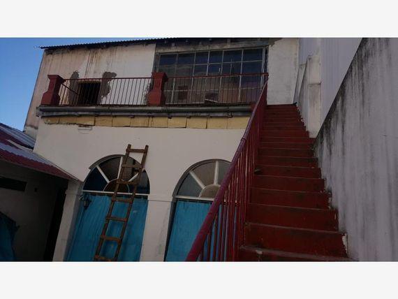 Local en Renta en ZONA REMODELADA
