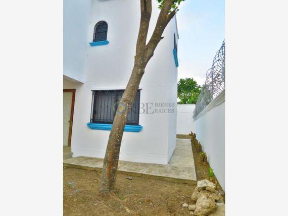 Casa en Renta en Fracc. Carrizal