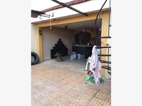 Casa en Renta en Jose Colomo