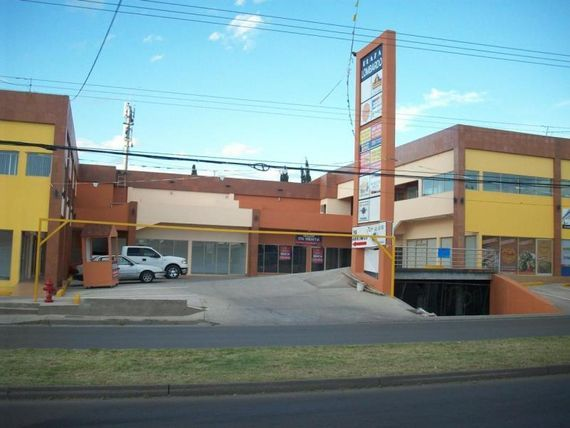 Local en Renta en PLAZA LOMBARDO - PERIF VICENTE LOMBARDO TOLEDANO