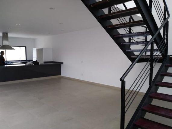 """Casa en Venta en <span itemprop=""""addressLocality"""">Cumbres del Lago</span>"""