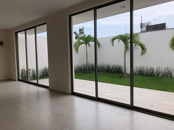 "Casa en Renta en RESIDENCIAL LA CANTERA <span itemprop=""addressLocality"">Colima</span>,COLIMA"
