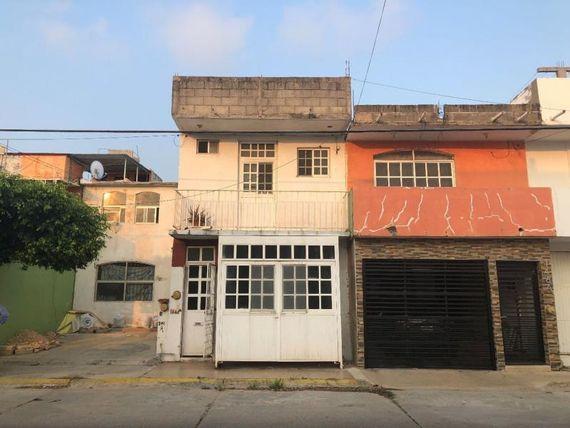 """Casa en Venta en <span itemprop=""""addressLocality"""">Paseo de las Palmas</span>"""