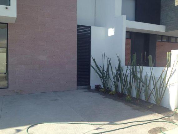 Casa en Venta en 3A FRACC EL REFUGIO