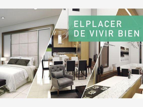 Casa en Venta en Privada Madrid  Residencial y campo de Golf dentro de Marina Mazatlan.
