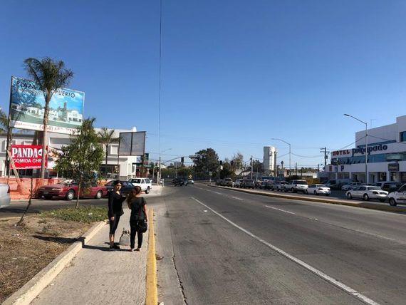 """Local en Renta en <span itemprop=""""addressLocality"""">Aeropuerto</span>"""