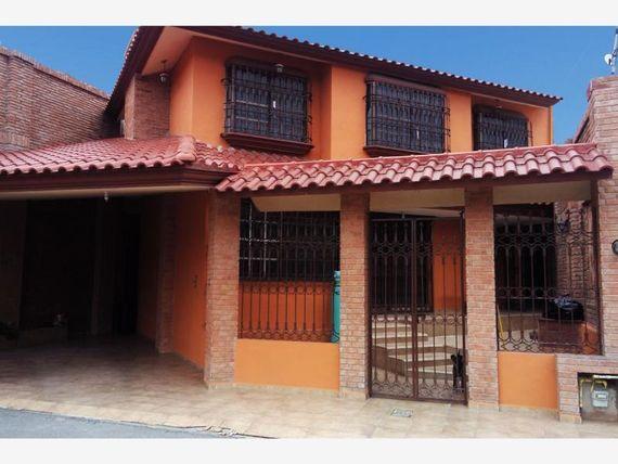 Casa en Venta en Republica Poniente
