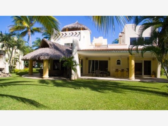 Casa en Venta en Fracc Playa Diamante