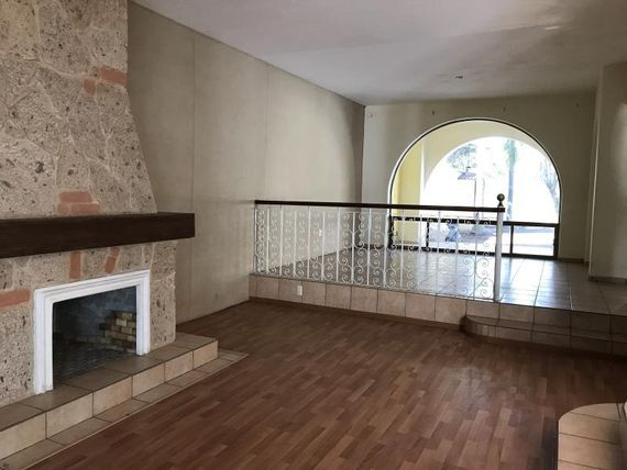 Casa en Venta en Fracc Ciudad Bugambilia
