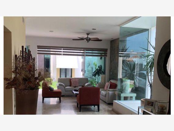 """Casa en Venta en FRACC <span itemprop=""""streetAddress"""">Marina Real</span>"""
