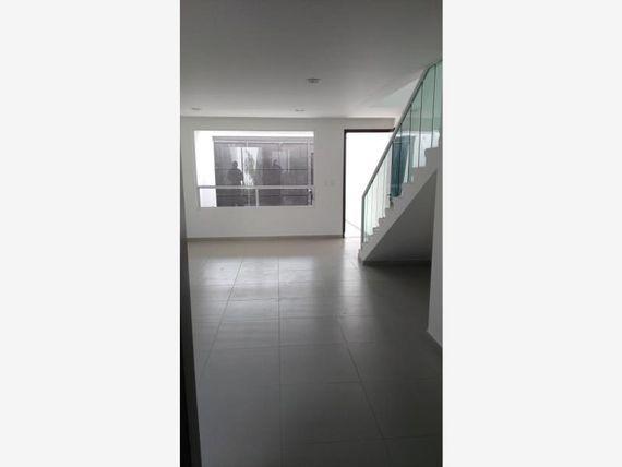 "Casa en Venta en <span itemprop=""addressLocality"">Villa Albertina</span>"