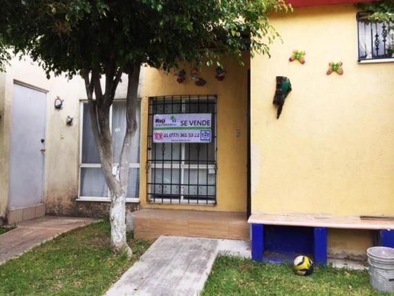 """Casa en Venta en  <span itemprop=""""addressLocality"""">Villas de Xochitepec</span>"""