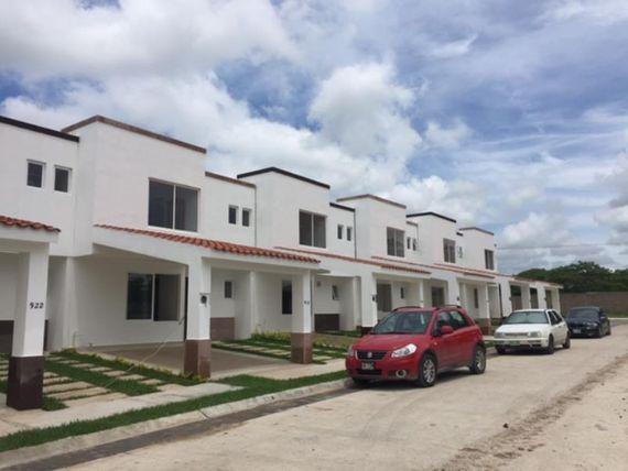 Casa en Venta en RESIDENCIAL SAN AGUSTÌN