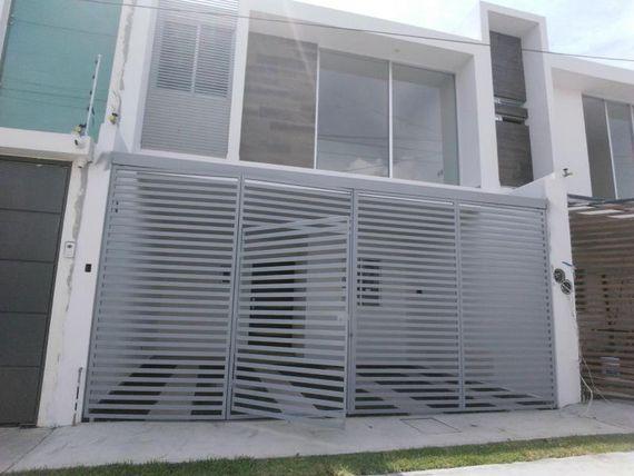 Casa en Venta en Fracc Res de la Barranca