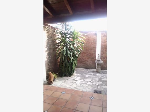 Casa en Venta en Colinas de Santa Barbara