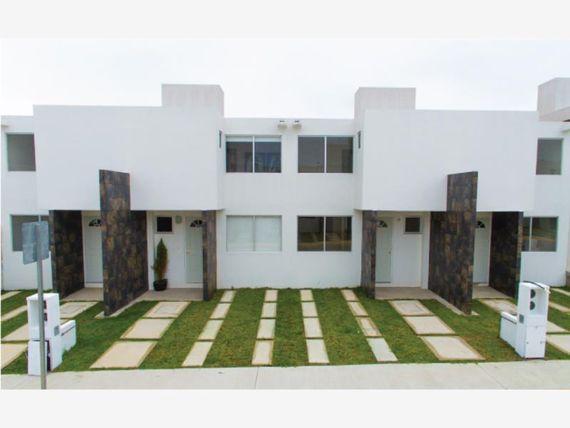 """Casa en Venta en <span itemprop=""""streetAddress"""">Las Alamedas</span>"""