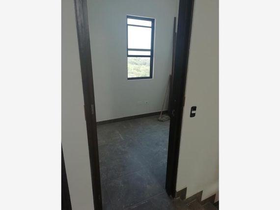 Casa en Venta en BOSQUES DE VISTANCIA