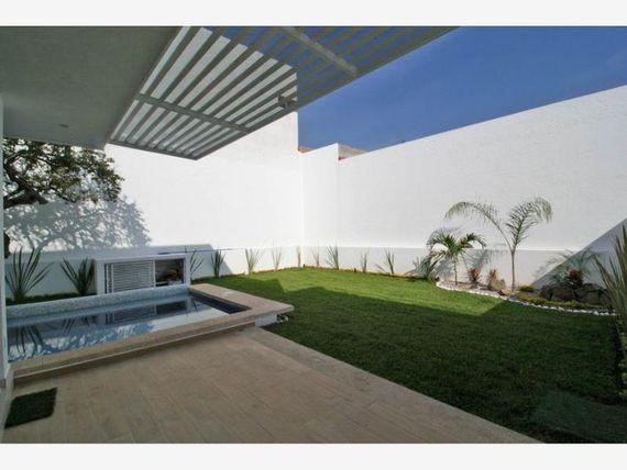 Casa en Venta en Fracc Burgos Bugambilias